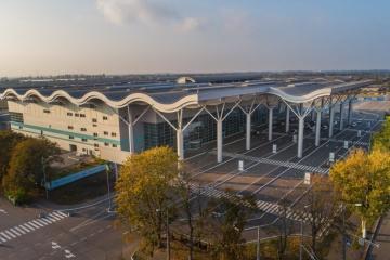 В аэропорту Одессы самолет из Стамбула подломил шасси при заходе на посадку