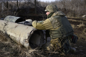 Invaders violate ceasefire in Donbas 10 times. One Ukrainian soldier killed, another one wounded