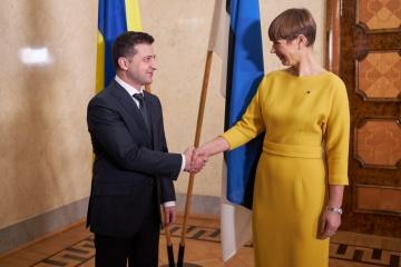 ゼレンシキー大統領、エストニア大統領と電話会談