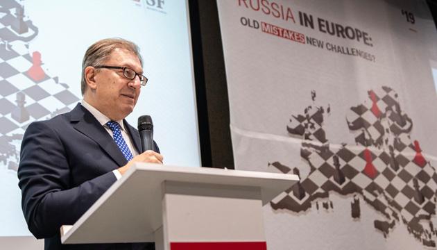 НАТО на українському досвіді вчиться протистояти кібервійні - помічник генсека Альянсу