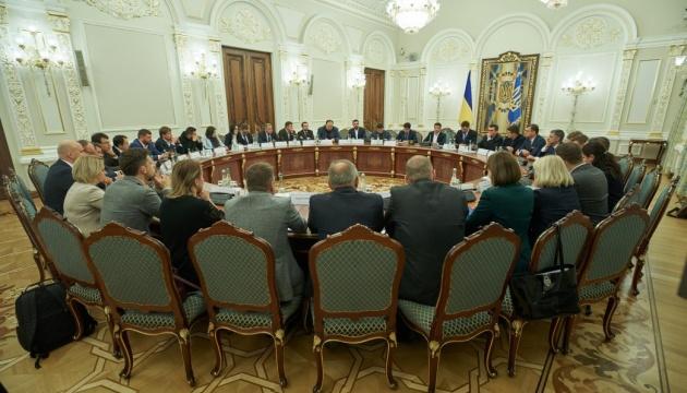 Doing Business, Privatisierung, Bodenhandel: Präsident nennt Aufgaben für Regierung