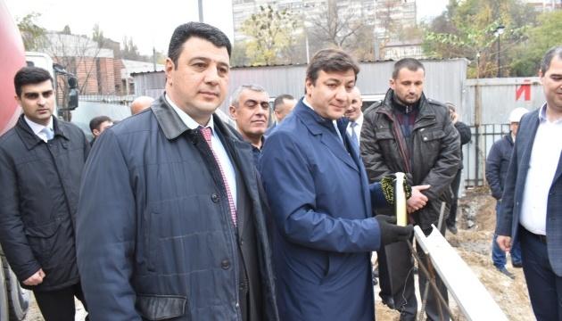 У Києві відбулася церемонія закладки фундаменту комплексу імені Насімі