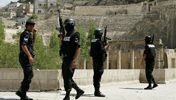 У туристичному місці Йорданії невідомий влаштував різанину