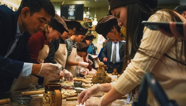 У Казахстані пройшов український кулінарно-музичний вечір