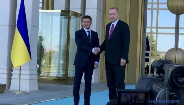 Zełenski omówił umowę o wolnym handlu z Erdoganem