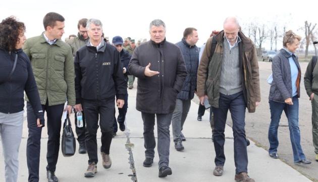 Аваков рассказал о подготовке подразделений МВД к разведению сил