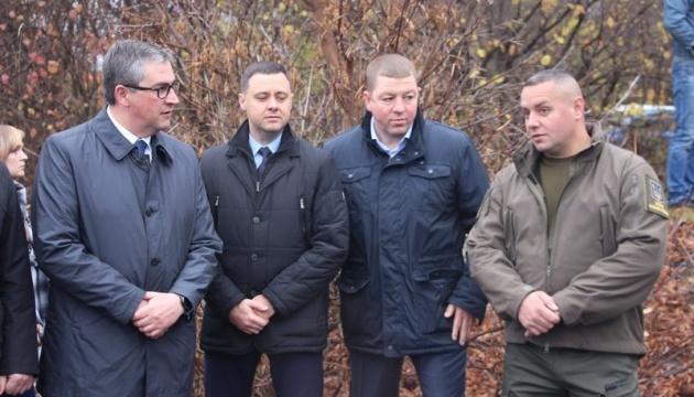 У Вінниці для відновлення екосистеми Південного Бугу в річку випустили 7,5 тон зарибку