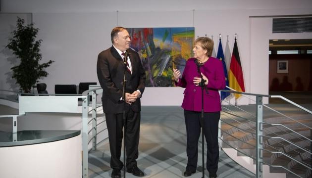 Меркель і Помпео обговорюють українсько-російський та інші конфлікти