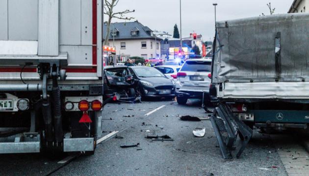 В Німеччині перекинувся польський автобус, 13 постраждалих