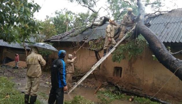 В Бангладеш из-за циклона эвакуируют почти два миллиона человек