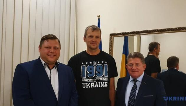 Mazur y el cónsul general de Ucrania dan una conferencia de prensa