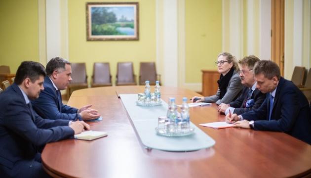 """ЄС зберігатиме санкції проти Росії до повного виконання """"Мінська"""" - Брок"""