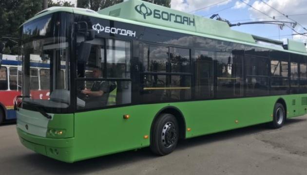 В Харьков доставили 24 троллейбуса, купленные за средства ЕБРР