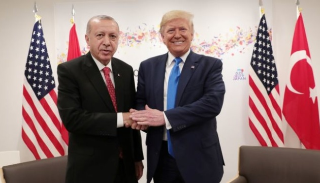 Трамп не хоче витрачати час Ердогана, відповідаючи на питання щодо імпічменту