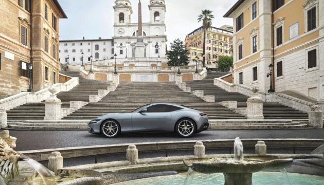 Ferrari представил новый суперкар без дверных ручек