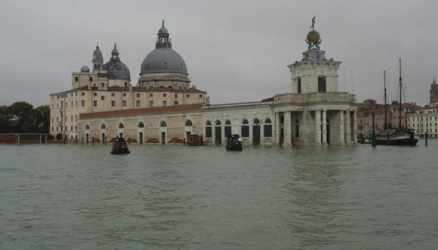 Причинами повені у Венеції могли бути зміна клімату та корупція