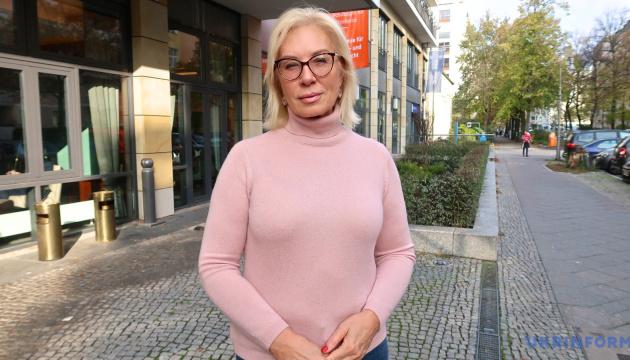 Денісова передала понад 80 звернень у Центр звільнення заручників при СБУ
