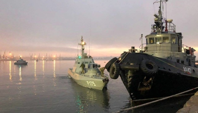 Russia returns seized ships to Ukraine