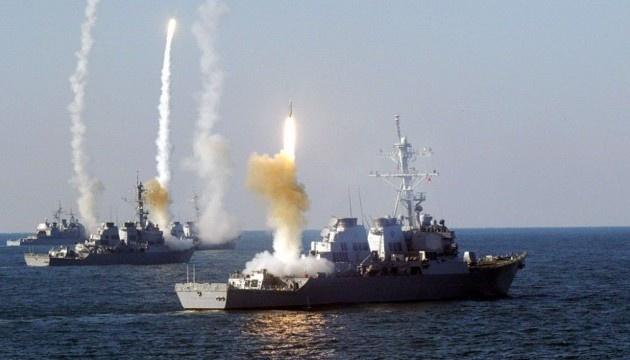 Уничтожение субмарины и ракетные стрельбы: Россия устроила учения в Черном море