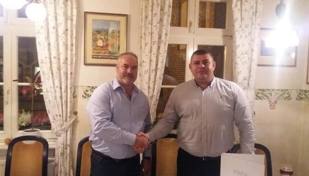 Тлумачская ОТГ подписала инвестдоговор на строительство 12 ветроустановок