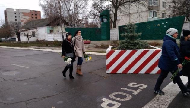В Ахтырке попрощались с военными, которые погибли в Балаклее