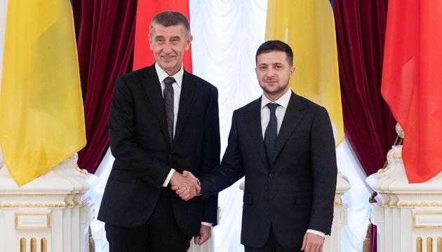 Зеленський зустрівся зі главою уряду Чехії