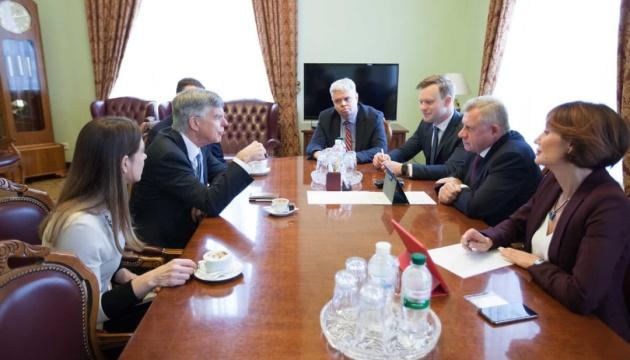 Тейлор відзначив вирішальну роль НБУ у просуванні українських реформ