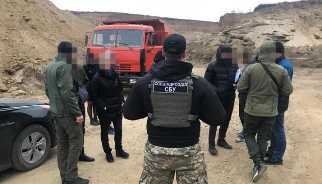 Нелегальний видобуток корисних копалин на Одещині завдав збитки на 50 мільйонів