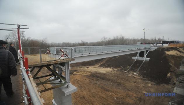 Мост в Станице открыли. Зеленский говорит, что танк там не проедет