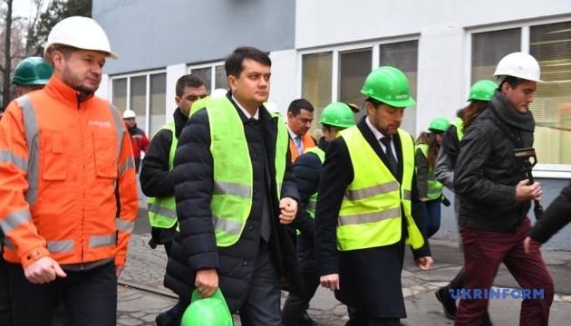 Разумков посетил запорожский завод