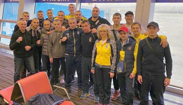 Збірна України у складі 13 боксерів вирушила на турнір у Сербії