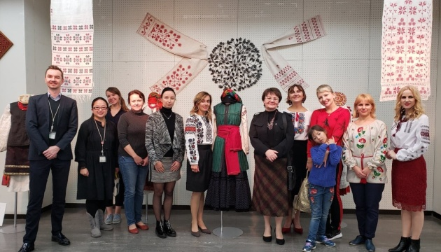 Traditional Ukrainian clothing represented at exhibition in Tokyo