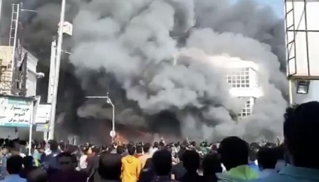 В Иране с начала протестов погибли уже 250 человек, тысячи раненых и арестованных