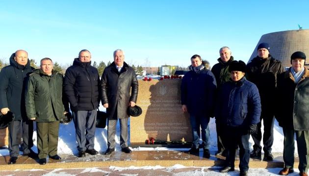 У Казахстані вшанували пам'ять в'язнів Акмолинського табору, серед яких 750 українок