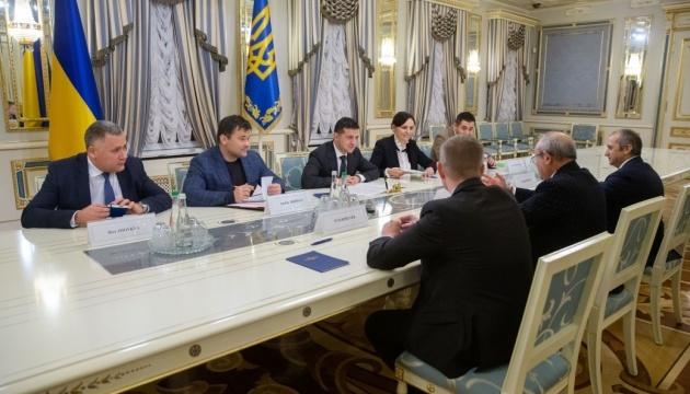 Zelensky invite Orascom Investment Holding à investir en Ukraine
