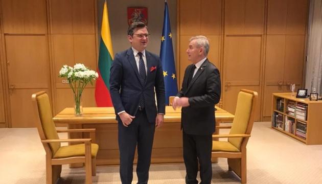 Кулеба та Лінкявічюс обговорили підготовку візиту Президента України до Литви