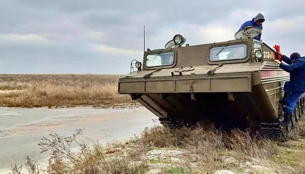 Шторм на Азові: ще п'ятьох евакуювали з острова Бірючий