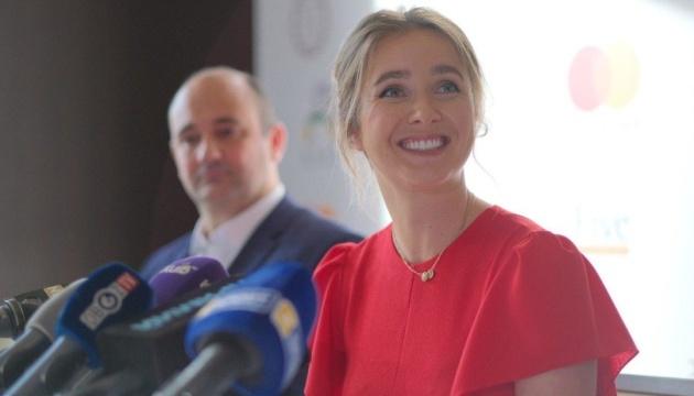 Svitolina sueña con nuevos títulos y ayuda a los niños