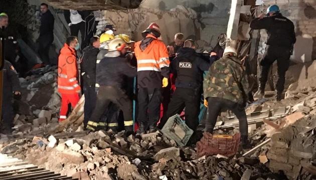 Кількість жертв землетрусу в Албанії досягла 42, постраждалих - 750