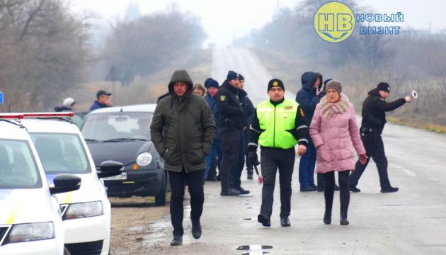 На админгранице с Крымом проводят масштабные рейды - ищут перевозчиков-нелегалов