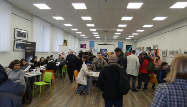 У Києві провели ярмарок вакансій для людей з інвалідністю