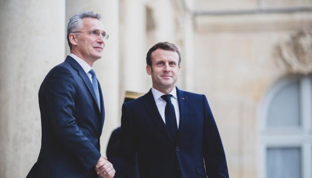 Столтенберг - Макрону: ЄС не може оборонити Європу без НАТО