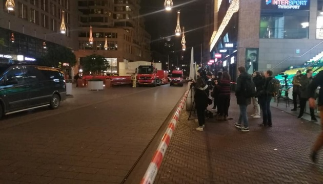 Жертвами нападника з ножем у центрі Гааги стали троє підлітків