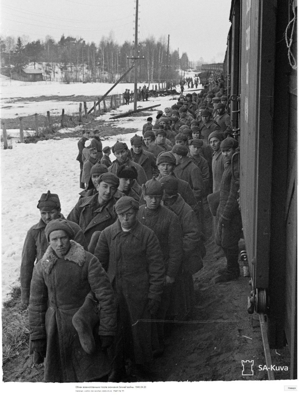 Радянські полонені повертаються до СРСР після завершення війни, 1940