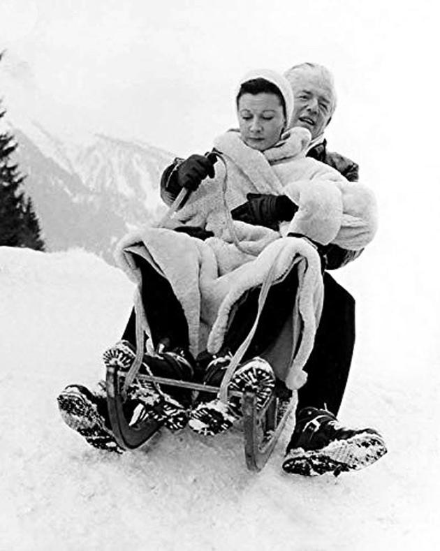 2-Вівєн Лі катається на санчатах із Литваком, локація фільму Глибоке синє море