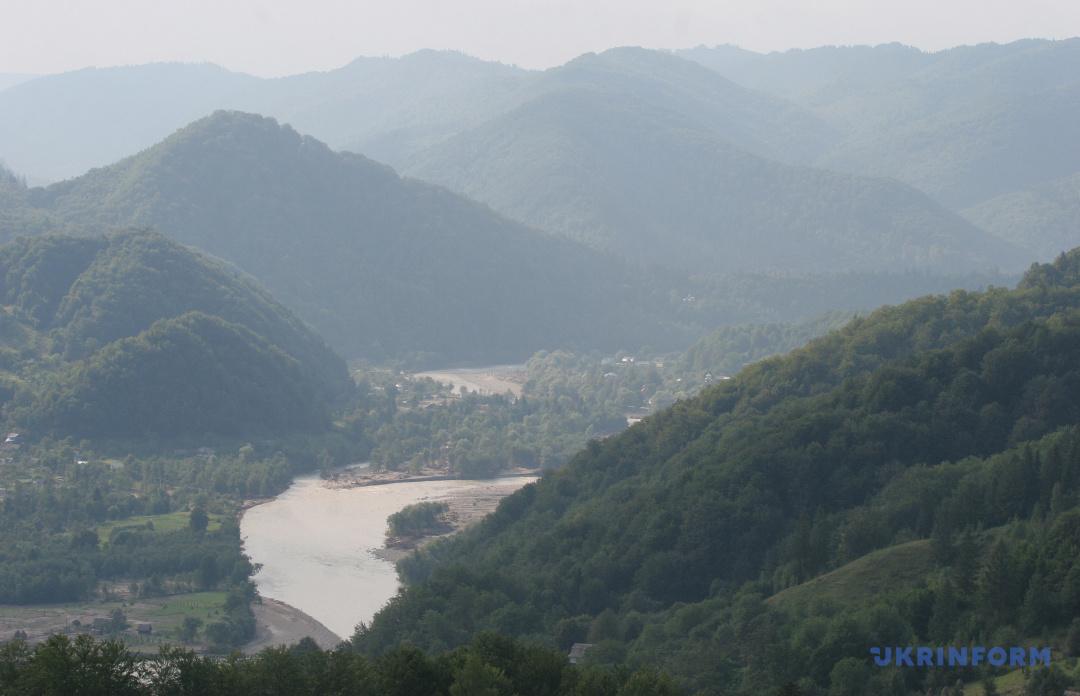 Перевал Немчіч у Чернівецькій області