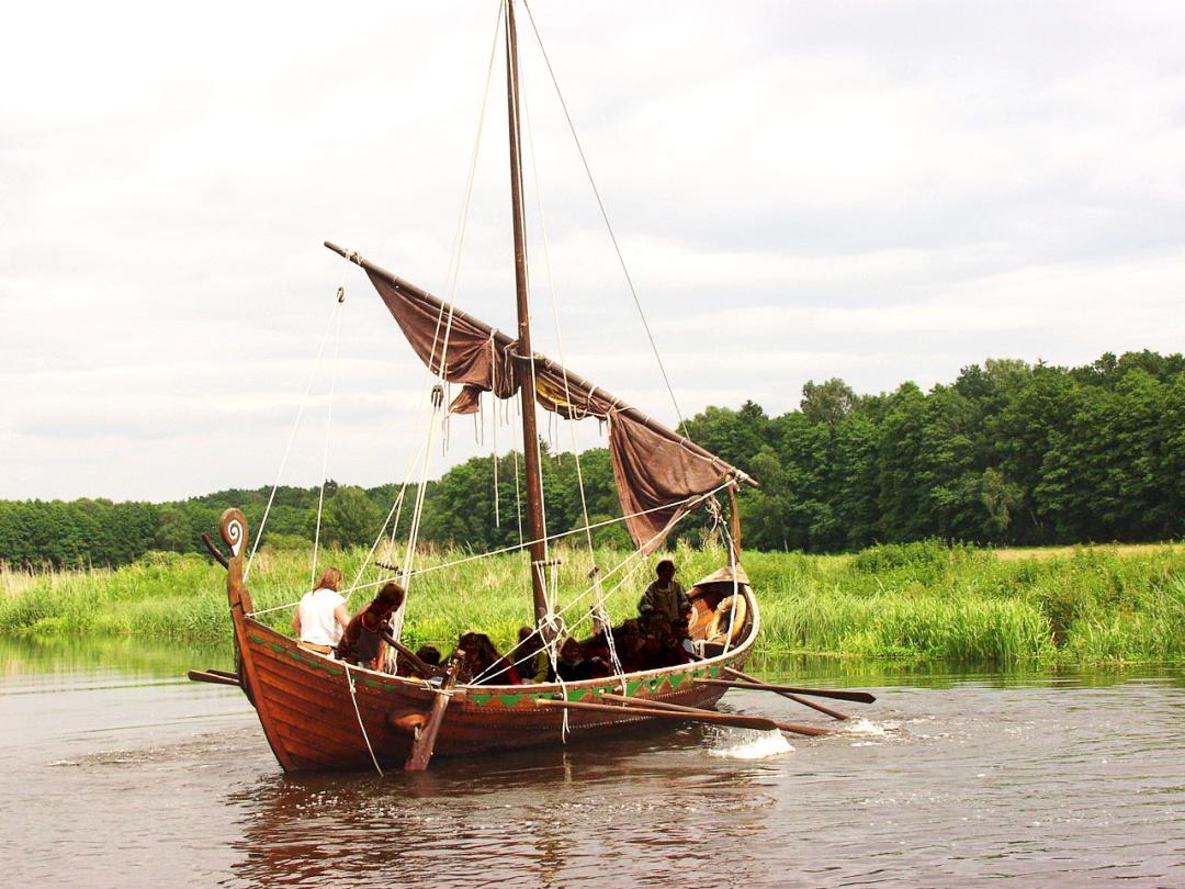 словянський корабель Svantevit, скансен Украненланд у містечку Торґелов, наші дні