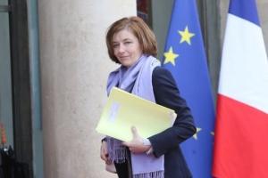 """Франция никогда не будет производить """"роботов-убийц"""" - министр обороны"""