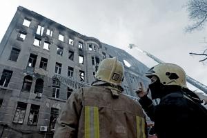 Кабмин выделит почти 4 миллиона на ликвидацию последствий пожара в Одессе