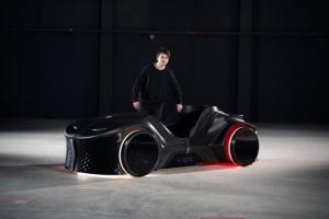 В Германии представили концепт напечатанного на 3D-принтере электрокара